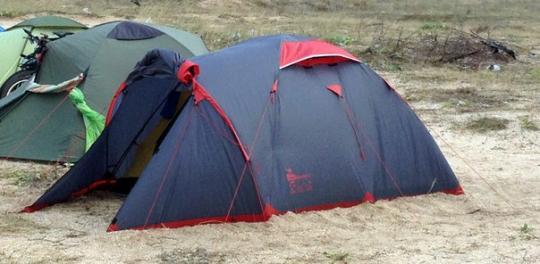 Палатка MOUNTAIN 3 Tramp